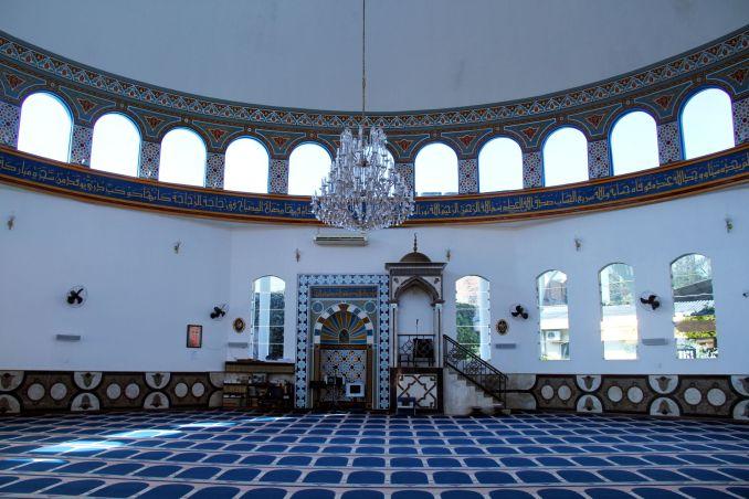 Interior da Mesquita Muçulmana de Foz do Iguaçu (foto: Eduardo Vessoni)