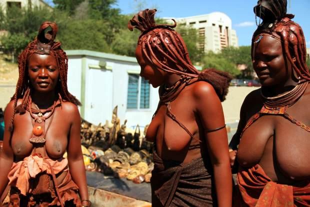Mulheres HImba em Windhoek, capital da Namíbia (foto: Eduardo Vessoni)