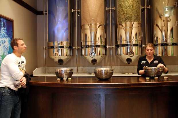 Sala de ingredientes da Heineken EXperience, em Amsterdã, na Holanda (foto: Eduardo Vessoni)