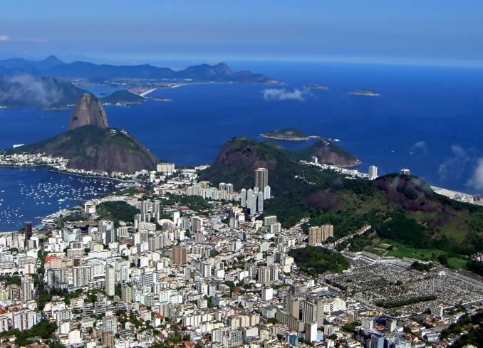Vista aérea do Rio de Janeiro (foto: Ramon Llorensi/Flickr-Creative Commons)