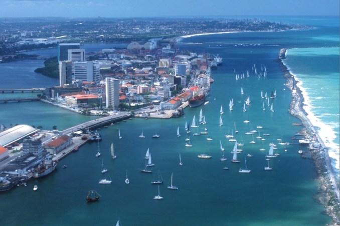 Vista aérea do Recife (foto: Aquáticos/Divulgação)