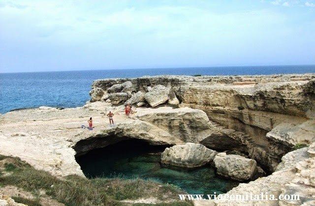 Gruta da Poesia, Itália. Piscina natural na Puglia