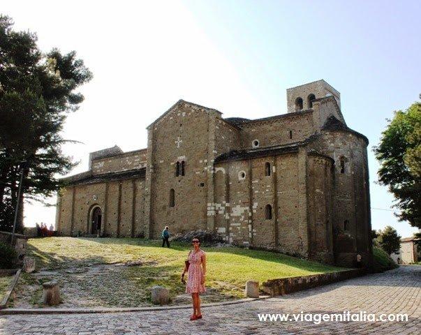 Burgo de San Leo: um dos mais bonitos da Itália. E também para Umberto Eco