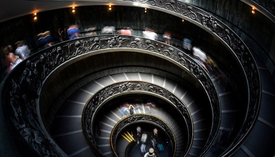 Museus Vaticanos à noite