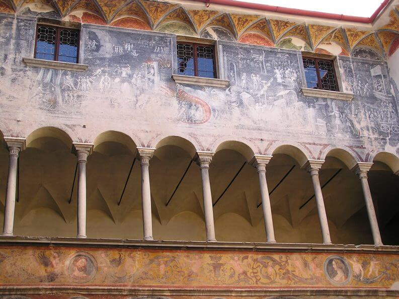 Palazzo Besta, Teglio