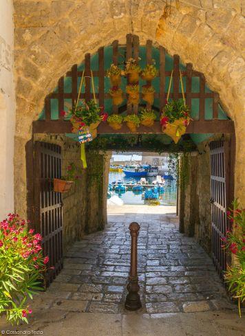 Porta del Vecchio Porto
