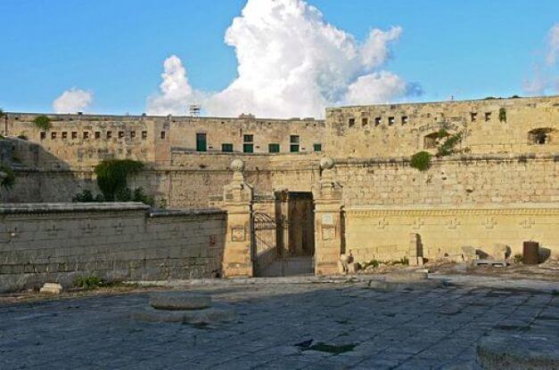 Panorama di Forte Sant'Elmo a Malta