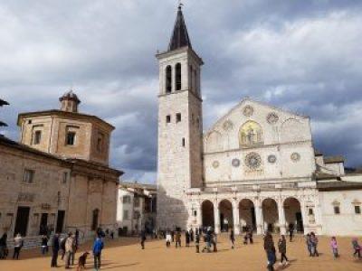 Cattedrale di Santa Maria Assunta e Teatro Caio Melisso