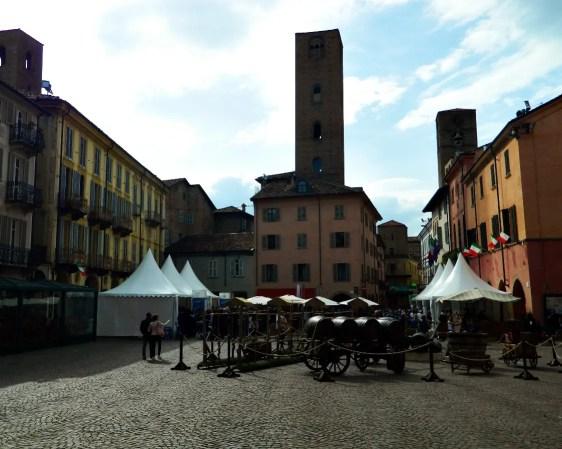 Piazza Risorgimento durante Vinum, Alba