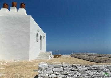 chiesa di agios andreas sull'isola di sifnos.