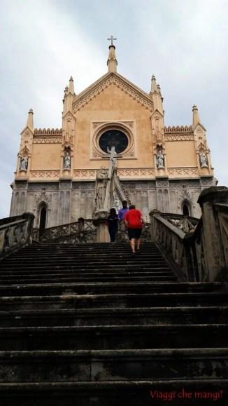 cosa fare a gaeta: visitare la chiesa di san francesco a gaeta vecchia.