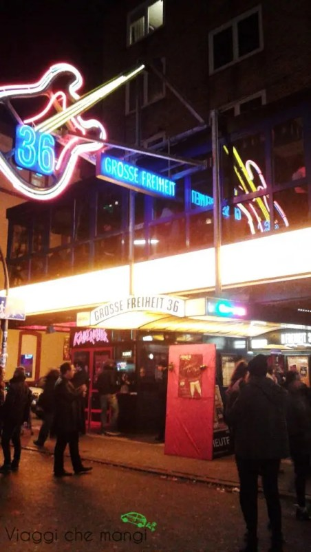 Reeperbahn di notte, Amburgo.
