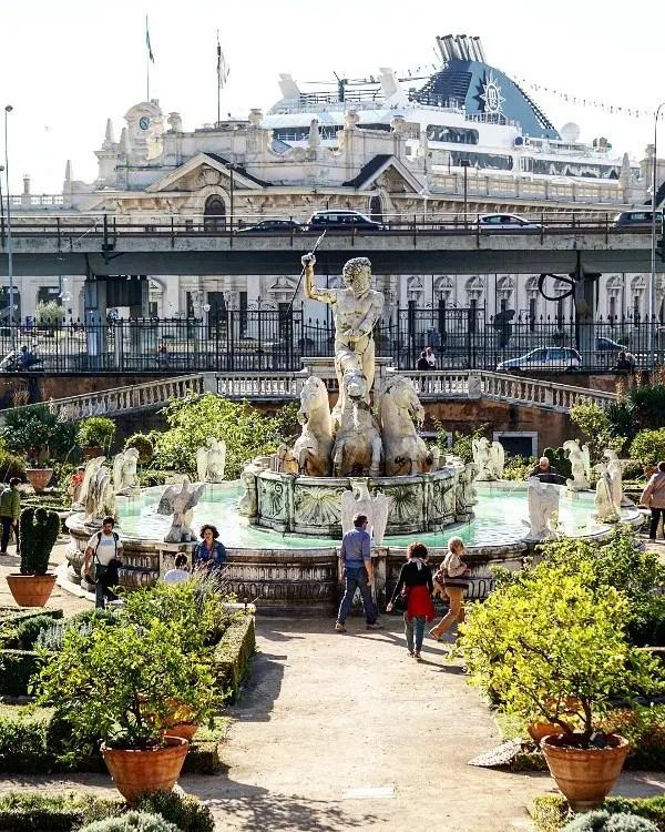 Statua del Nettuno, Villa del principe, Genova