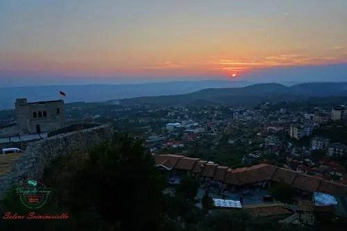tramonto Krujë città da visitare in Albania.