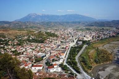 Panorama di Berat, una deòòe città da visitare in albania.