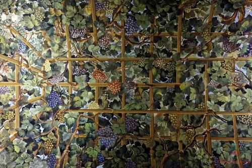 Volta, Palazzo Andrea Pitto, Genova per i dipinti autunnali.