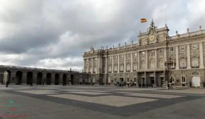 palacio real di madrid.