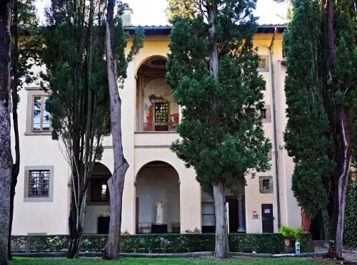 Il loggiato della Villa Medicea di Cerreto Guidi.