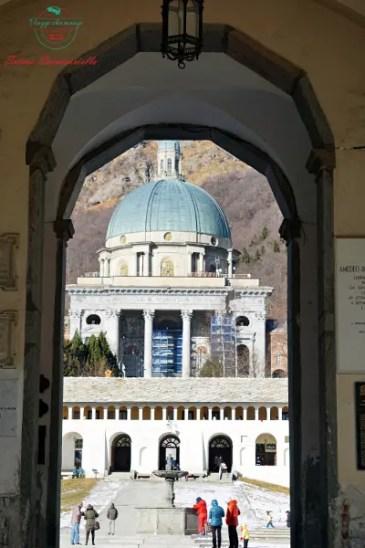 scorcio del santuario del monte oropa.