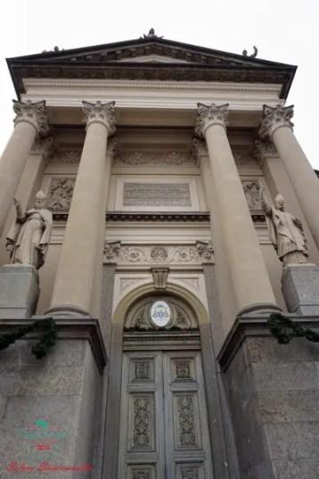 cosa fare nei dintorni di biella: andare a vedere a pochi chilometri la cattedrale di ivrea