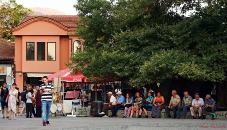 cosa vedere sul algo di ohrid: la piazza di ohrid