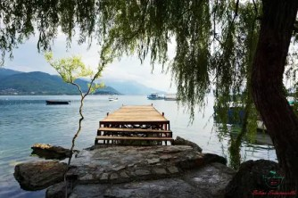 cosa fare sul lago di ohrid: rilassarsi sulle rive del Lago.
