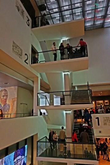 cosa visitare ad amsterdam in 4 giorni: il van gogh museum.