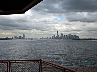 Manhattan from Staten Island Ferry: one of the most beautiful thing you can do fro free in New York.