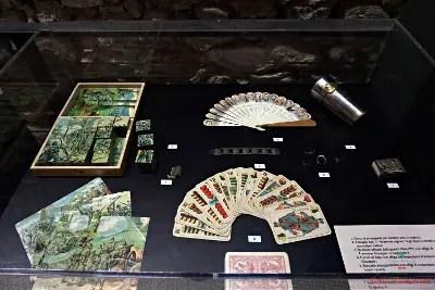 cosa vedere a Rovereto: Giochi da tavola conservati al Museo della Guerra di Rovereto.