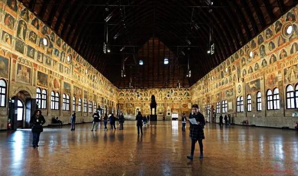 cosa vedere a Padova in due giorni: il Palazzo della Ragione.