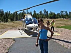 Io quando ero giovane e magra, appena terminato il giro in elicottero sul Grand Canyon.