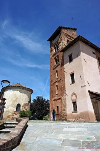 Il Castello di Corveglia è il luogo perfetto per mangiare la tinca gobba dorata di poirino.