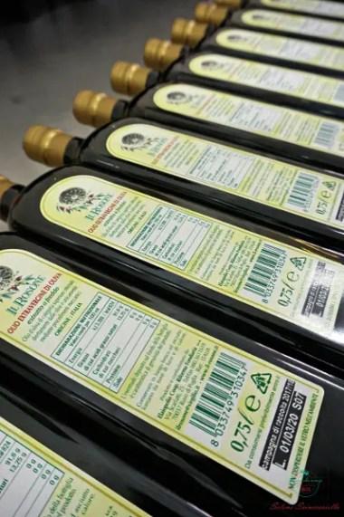 Uno dei prodotti da assaggiare a Ruvo di Puglia è l'olio extra vergine d'oliva.