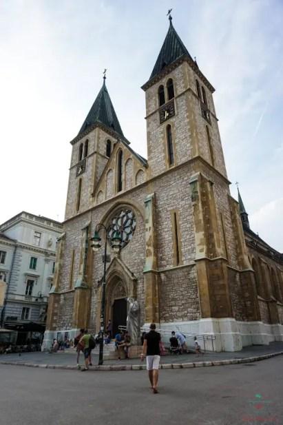 Cosa vedere a Sarajevo: La Cattedrale del Sacro Cuore di Sarajevo.