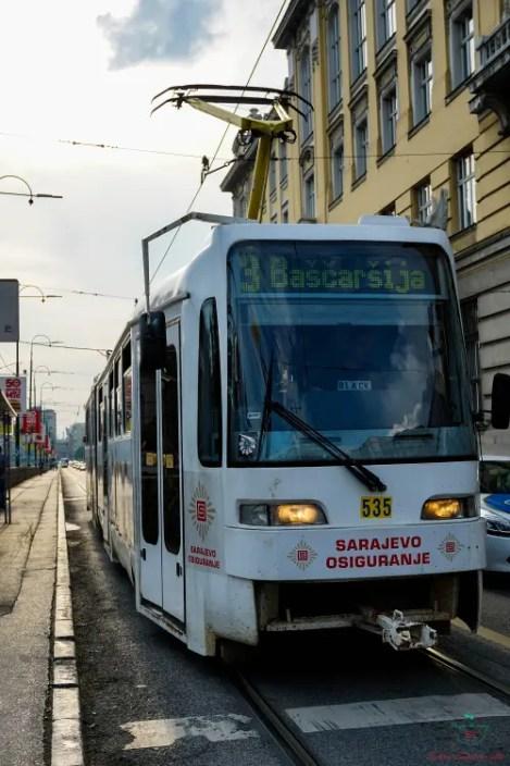 Uno dei tram di Sarajevo.