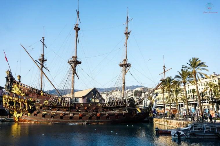 Cosa vedere al Porto Antico di Geova: il Galeone.