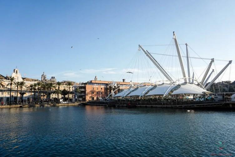 Cosa vedere al Porto Antico di Genova in inverno: La pista di pattinaggio.