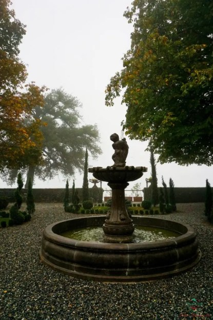 Cosa vedere al lago di viverone e dintorni: il castello di roppolo.