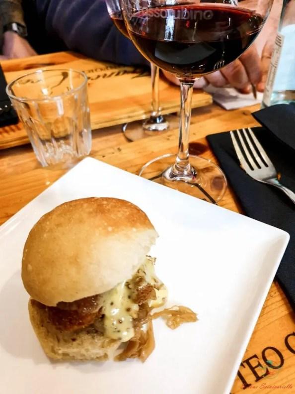 L'enoteca Rossorubino è un ottimo posto dove mangiare a San Salvario.