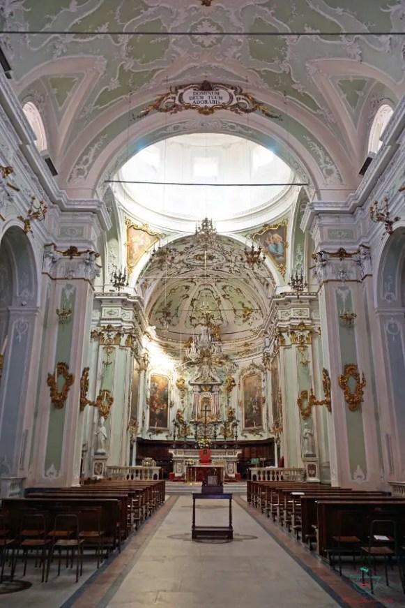 Cosa vedere a Pontremoli: l'interno della cattedrale.