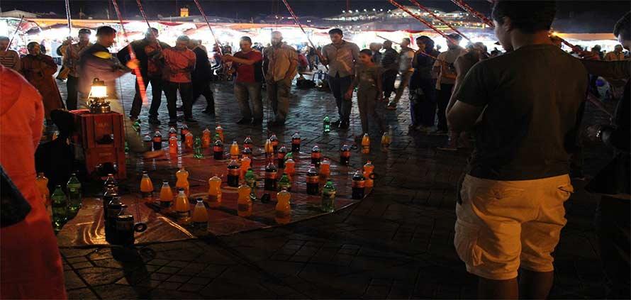 Marrakech – Il gioco della bottiglia di Piazza Jemaa El Fna
