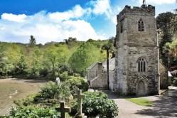 La Chiesa di Just in Roseland - due ore di pace a passeggio tra le lapidi èerfettamente coreografate nei giardini scoscesi fino al mare - Cornovaglia maggio 2014