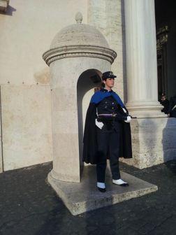 8 Marzo: in questo giorno speciale ci sono le donne a far da guardia al Quirinale