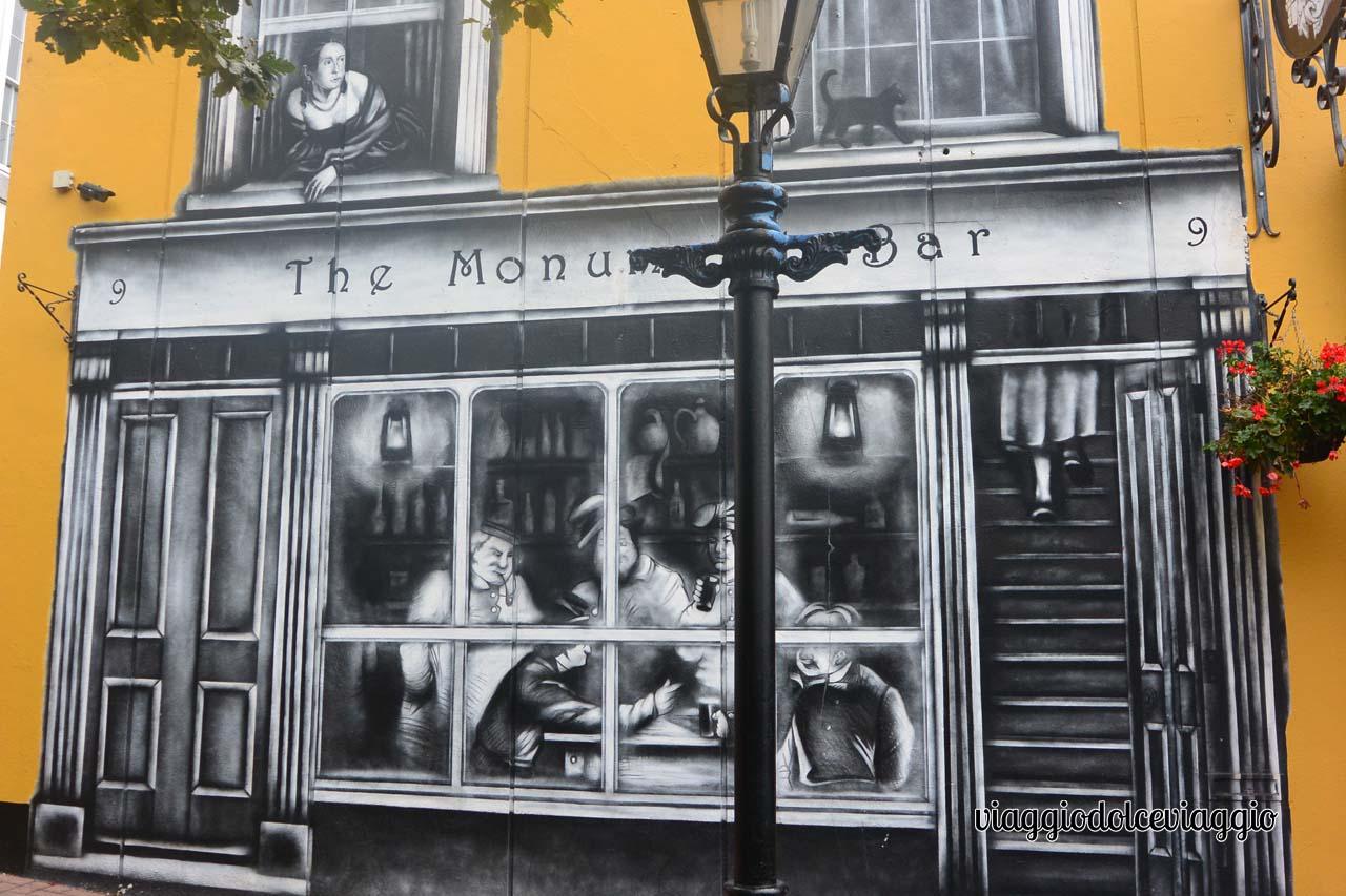 Irlanda, vetrina a Cobh