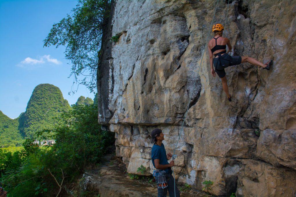 arrampicare vicino a Guilin