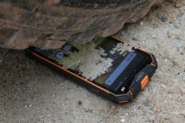 smartphone per viaggi avventurosi