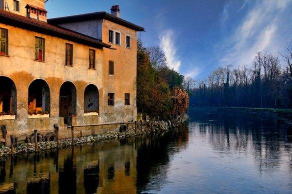 italy-ticino fiume