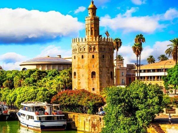 Le 9 migliori cose da fare a Siviglia durante la notte