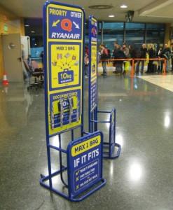 viaggiare low cost: il problema dei bagagli