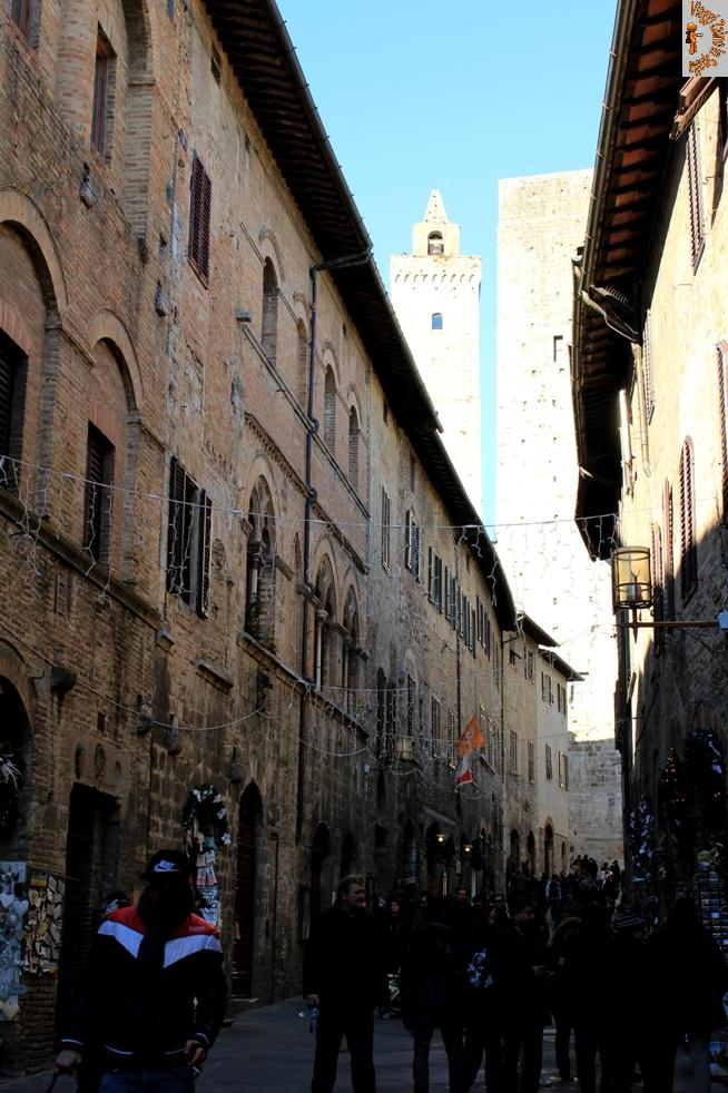 Una passeggiata a San Gimignano